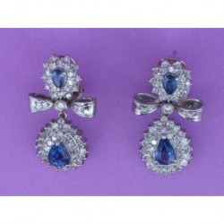 EARRING BOW EMPIRE STYLE OF WHITE GOLD 750mm. DOUBLE ROSETTE SUPERIOR AND INFERIOR OF TEARS OF SAPPHIRE (4)