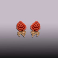 PENDIENTES FLOR CORAL 24 ct. BRILLANTES 0,44 ct EN ORO 750mm.